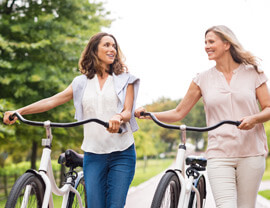 Ideale-per---FV---women-with-bike.jpg